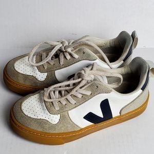 Boys Veja V-10 Laces CWL White Nautico Sneakers Sz. 13.5